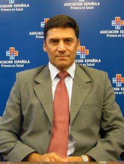 Cr. Daniel Ubillos