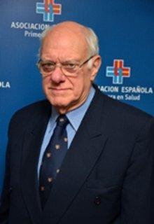 Sr. Efraín Mannise