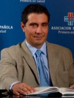 Dr. Alfredo Torres