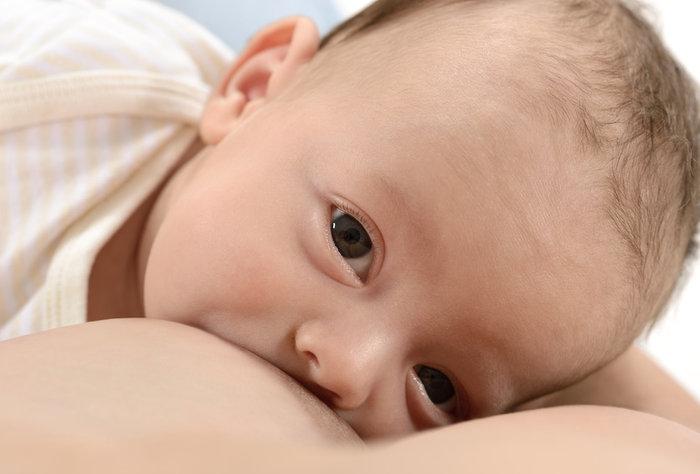 Buenas prácticas de alimentación del lactante y del niño pequeño