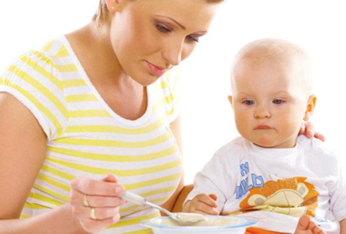 Alimentación complementaria a partir de los seis meses de edad