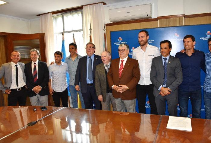 Mutual Uruguaya de Futbolistas Profesionales firmó acuerdo con la Española para la atención de salud