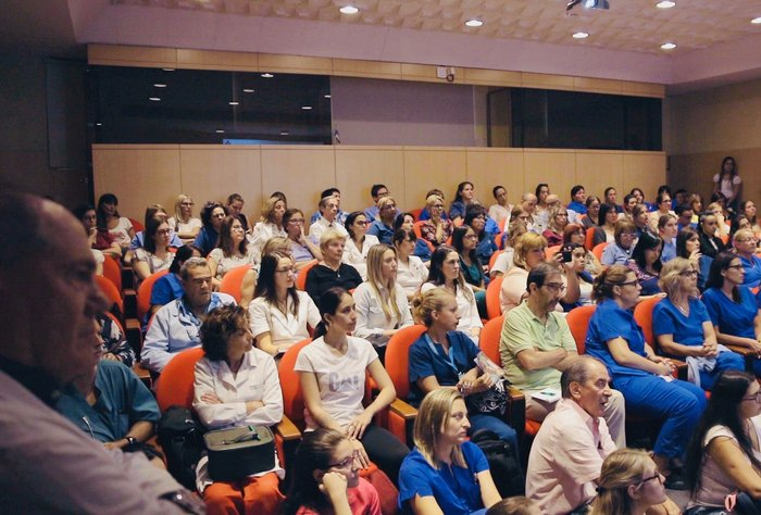 La Asociación Española realiza jornadas de capacitación para el tratamiento del Coronavirus