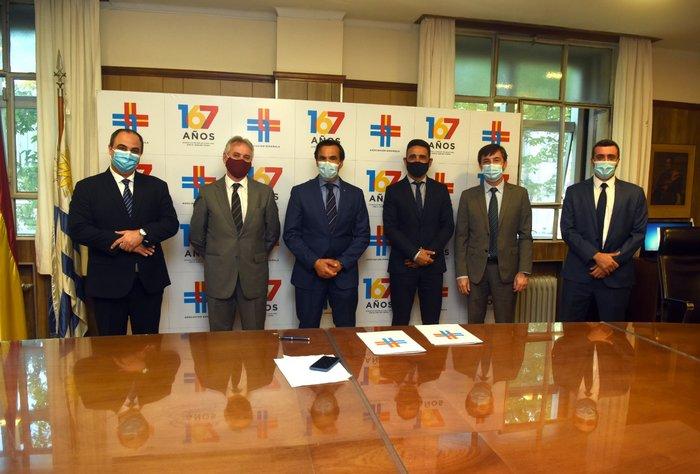 Asociación Española y Universidad Católica firman convenio de Cooperación Académica